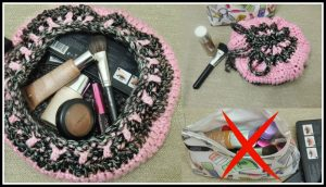 Crochet Flat Make-Up bag